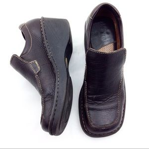 Born Brown Leather Wedge Loafers - N287